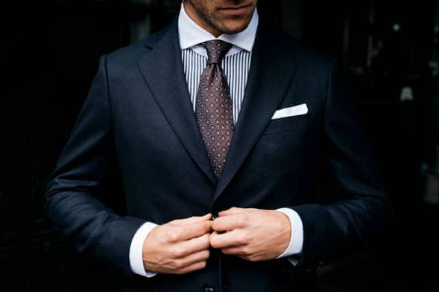 スーツ 新宿
