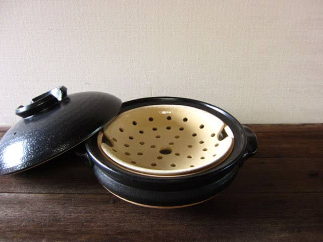 土鍋(カネフサ製陶)の写真