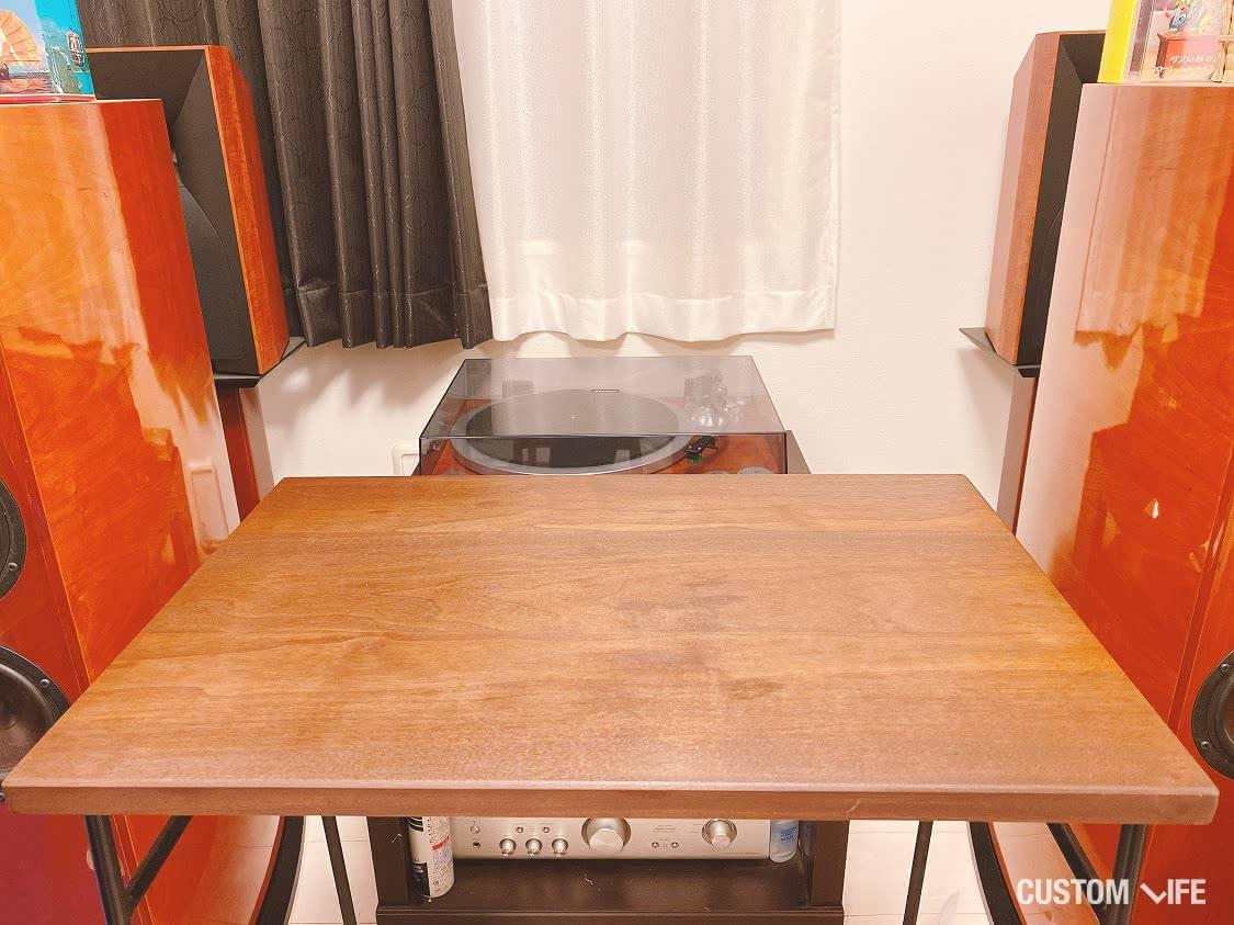 休日課長さんお気に入りのテーブルの写真